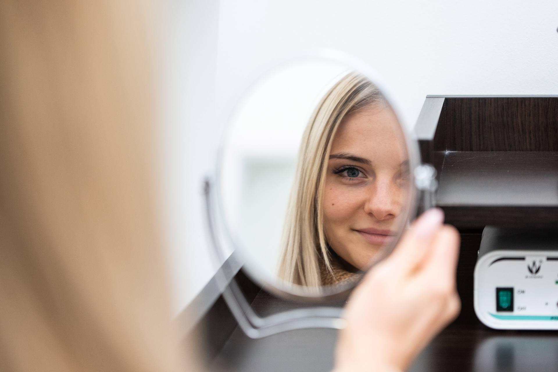 Fotoodmładzanie laserowe twarzy
